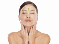Aromatic facial treatment by Jasmines Beauty Salon Eastbourne